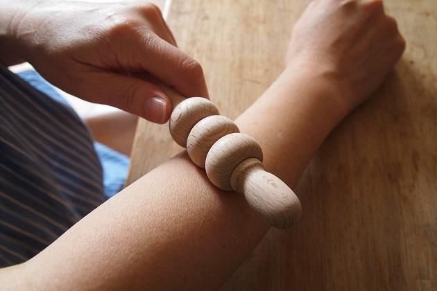 木工挽物 ツボ押し マッサージ つくしんぼう